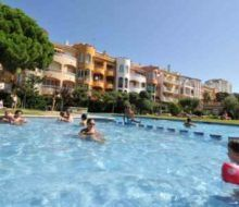 Apartamentos Comte d'Empuries. Irconniños.com